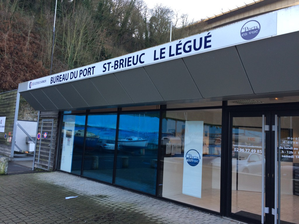 Le Legue Marina Office